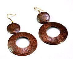 A Pair of Indian Copper Metal Traditional Boho Hippie Earrings Aife_707 Krishna Mart India http://www.amazon.com/dp/B00MHTM898/ref=cm_sw_r_pi_dp_7lqJvb06E0HN9