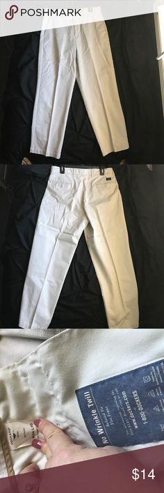 Dockers Khakis No wrinkle Twill pants Dockers Khakis No wrinkle twill Relaxed fit Flat front men's pants Dockers Pants Chinos & Khakis