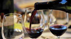 Watch that wine pour, waiter... Restaurant wine service: A few pet peeves