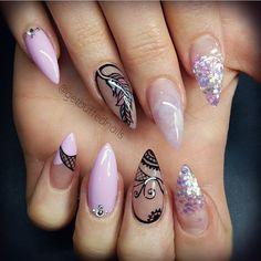 """""""✨ By: @getbuffednails  Polish ✖️@gellyfitaustralia Glitter: @glitter_heaven_australia  Nails: @kji_28  #nails #nail #fashion #style  #cute #beauty…"""""""