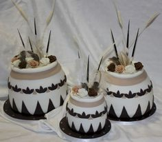 traditional wedding cakes Beautiful african wedding cake you wi. - - traditional wedding cakes Beautiful african wedding cake you wi… Wedding Cakes traditional wedding cakes Beautiful african wedding cake you will love 29 Traditional Wedding Decor, African Traditional Wedding, Traditional Cakes, African Wedding Cakes, African Cake, Style Africain, Wedding Cake Photos, Different Cakes, Occasion Cakes