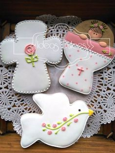 7 posts published by ideas dulces during June 2016 Cross Cookies, Fancy Cookies, Iced Cookies, Cute Cookies, Easter Cookies, Royal Icing Cookies, Cookies And Cream, Cupcake Cookies, Christmas Cookies