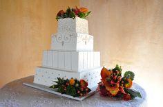Cake Decor & Toss Bouquet