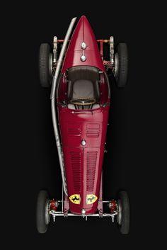 —————– 1934 Alfa Romeo Type B ——————– - ferrari Vintage Sports Cars, Vintage Race Car, Classic Sports Cars, Classic Cars, Ferrari Scuderia, Automobile, Old Race Cars, Top Cars, Amazing Cars