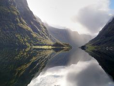 Peaceful moment in the UNESCO listed Nærøyfjord😍 📸 Closer To Nature, Norway, Tours, In This Moment, River, Activities, Adventure, Outdoor, Outdoors