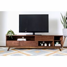Midcentury tv stand mid century modern entertainment center awesome stand w Mid Century Interior Design, Mid-century Interior, Living Room Tv, Living At Home, Tv Console Modern, Midcentury Modern Tv Stand, Console Tv, Modern Entertainment Center, Tv Stand Decor