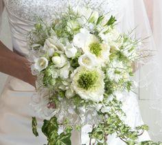 Wit klassiek bruidsboeket