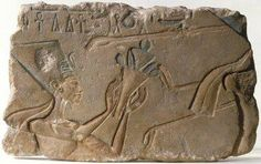 Limestone relief showing Nefertiti Amarna New Kingdom, BC The image shows Queen Nefertiti wearing the famous tall, flat topped crown she wears in the famous bust currently in the Berlin. Ancient Egypt Art, Ancient History, Ancient Discoveries, Queen Nefertiti, Archaeological Discoveries, Aliens And Ufos, Tutankhamun, Ancient Beauty, Historical Pictures