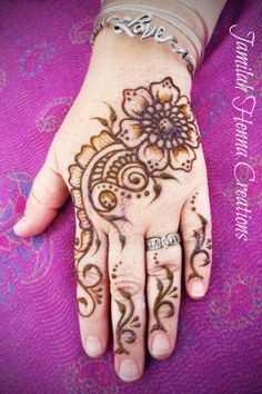 love hand henna! www.JamilahHennaCreations.com
