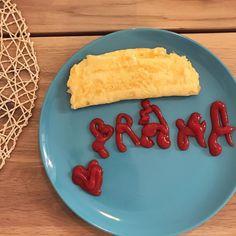 ♥️ P R A H A 프라하에서의 마지막 #아침식사🥚🍽 #omellete #madebyme . #EunsaeminCzech #🇨🇿 #Praha #Czech #프라하 #체코 Tacos, Cheesecake, Mexican, Ethnic Recipes, Desserts, Food, Tailgate Desserts, Deserts, Cheesecakes