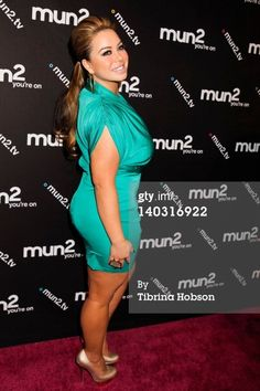 The Lovely Miss Chiquis Blond, Curvy Models, Curvy Women Fashion, Ball Dresses, Gorgeous Women, Casual Dresses, Celebrity Style, Sexy Women, Cute Outfits