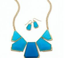 Blue block gold tone fashion earrings and necklace set 29.00 USD