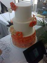 Elegante tarta creativa para bodas. #tartas #repostería
