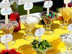 Los mejores toppers en tu mesa de postres para boda en verano