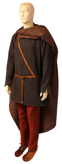 Late Roman Iron Age, Norway, male costume. Migration Period Female Costume, silver wrist clasps. Museum quality reproduction of Iron Age costume, male. Textile, metal and leather by Ø. Engedal. www.arkeoreplika.no, www.bronsereplika.no