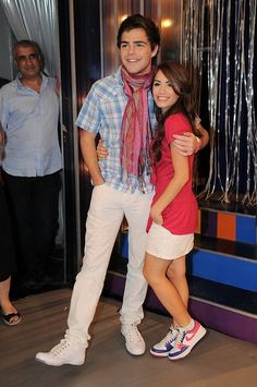 Lali Espósito y Peter Lanzani #laliter Series Juveniles, Love Of My Life, Tv Shows, Teen, Singer, Instagram, Collection, Friends, Photography
