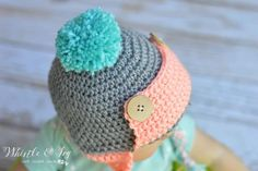 Baby Button Trapper Hat - This cozy hat is a cute and fun baby accessory for winter! {Free pattern by Whistle and Ivy} Crochet Baby Hats Free Pattern, Crochet Hats For Boys, Crochet Keychain Pattern, Baby Booties Free Pattern, Baby Girl Crochet, Baby Blanket Crochet, Free Crochet, Crochet Patterns, Crochet Ideas