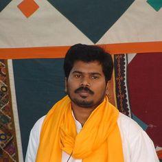 Sri Kaleshwar after giving public talk at the Divine Lineage Healing Center on November 20, 2005