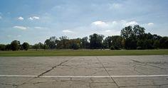High Resolution Backgrounds, Krakow Poland, Sidewalk, Military, Street, Side Walkway, Walkway, Walkways, Military Man