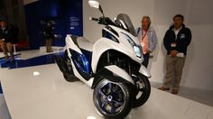 Yamaha debuted a prototype Leaning Multi-Wheel concept at EICMA in Milan, Italy, earlier this month. Tricity also stopped off at the Tokyo Motor Show this week, and Gizmag dropped by for a few close-ups of the sporty three-wheel, tilting scooter.