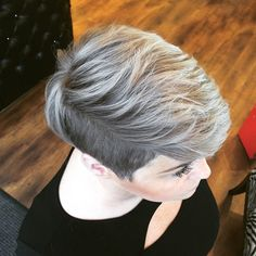 50 Shades of Grey takes on new meaning with an undercut mixing Illumina Color and Instamatic Muted Mauve and Ocean Storm #LifeinColor