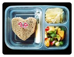 This heart shaped sandwich is such a cute way to show your kids you care! http://www.rewards4mom.com/easy-fast-school-lunch-ideas/