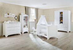 Pinolino Kinderzimmer Pino | Kiefer massiv / weiß lasiert / Holzstruktur sichtbar Baby-Beckmann.de 1649€
