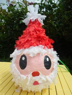 Our effort for making a Father Christmas pinata. I gave all the orders and then let the children do the paper mache part. I put myself in ch. Paper Mache Pinata, Paper Mache Balloon, Balloon Pinata, Balloons, Diy Christmas Gifts For Kids, Felt Christmas, Christmas Crafts, Christmas Decorations, Christmas Ornaments