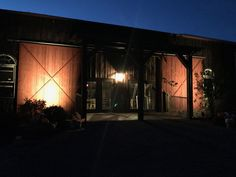 Twin Tails Event Farm Traditional Bank Barn's Hayloft Dining Area entrance. Bank Barn, Dining Area, Entrance, Twins, Traditional, Outdoor Decor, Home Decor, Entryway, Decoration Home
