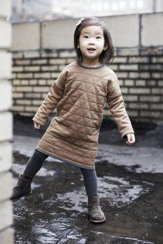 Kids outfits, kids fashion и stylish kids. Fashion Kids, Girl Outfits, Cute Outfits, Reversible Dress, Inspiration Mode, Fashion Inspiration, Little Fashionista, Stylish Kids, Kid Styles