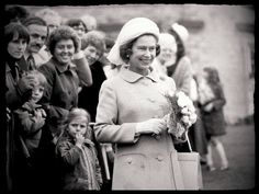 Her Majesty The Queen in Barnsley, South Yorkshire, July, 1977 South Yorkshire, Her Majesty The Queen, Barnsley, Old And New, Royalty, Couple Photos, Royals, Couple Shots, Couple Photography