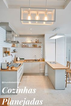 surprising small kitchen design ideas and decor 31 ~ Modern House Design Kitchen Room Design, Kitchen Cabinet Colors, Modern Kitchen Design, Home Decor Kitchen, Modern House Design, Kitchen Interior, Home Interior Design, Kitchen Rules, Cuisines Design