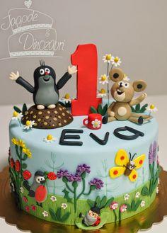 JAGODE & DINOZAVRI: Krtek Baby Girl Cakes, Baby Birthday Cakes, It's Your Birthday, Panda Cakes, The Mole, Funny Cake, Book Cakes, Love Cake, Cake Tutorial