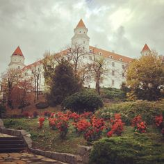 Instagram photo by @ray4ik (Lena)   Statigram Bratislava, Cool Pictures, Castle, Mansions, House Styles, Instagram, Viajes, Manor Houses, Villas