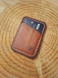 my new Speedwallet. A credit card pocket on the front. A sewn-in Oyster card in the middle and a matching note pocket on the rear Leather Art, Custom Leather, Leather Design, Leather Tooling, Leather Purses, Leather Wallet Pattern, Handmade Leather Wallet, Leather Card Wallet, Leather Gifts