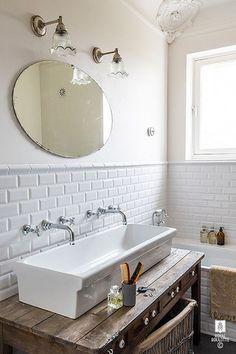 Small Bathroom, Small Mirrors