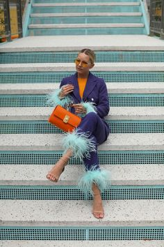 Summer bright nail shades with Essie // Adding feathers to this Topshop suit // Click through to Atlantic-Pacific for more feather looks and to see the new summer shades from Essie // Bag by Flynn and sweater by Everlane Essie, Blazer Fashion, Fashion Outfits, Fashion Hats, Orange Suit, Blair Eadie, Summer Shades, Atlantic Pacific, Vogue