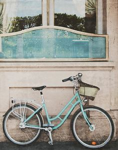 Paris and the Tiffany Blue Bike