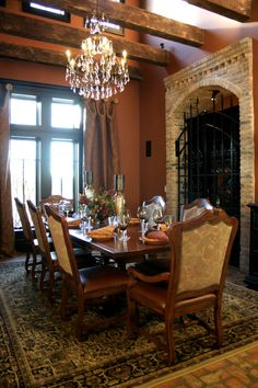 Old World Charm, Dining Rooms Design