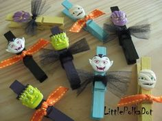 Halloween clothespins- Super cute idea for bags of halloween candy or to turn into magnets for the fridge.. could be done for Christmas, Valentine's, 4th of July. easy, fun project to do with the kids :)