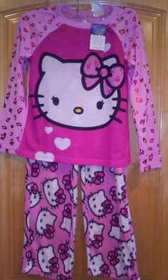 GIRLS 10/12 *NEW* HELLO KITTY PAJAMAS *FREE SHIP*