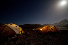 Camping under the stars in Morocco (Photo: Peaks Foundation)