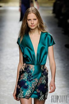 Blumarine - Ready-to-Wear - Fall-winter 2014-2015 - http://www.flip-zone.net/fashion/ready-to-wear/fashion-houses-42/blumarine-4579 - ©PixelFormula