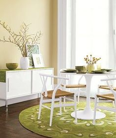 Decorating with Green!  Spruce up a room by incorporating a shot of fresh, natural color. http://www.realsimple.com/home-organizing/decorating/decorating-color-green-00000000011473/index.html