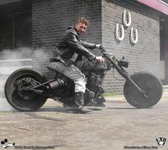 Survial bikes look like so much fun to me. Both to make and to ride. I've owned Rat bikes before. but this looks like it would be MUCH mor. Motorcycle Outfit, Motorcycle Helmets, Cool Bikes, Rat Bikes, Estilo Cafe Racer, Inside Out Project, Custom Trikes, Bike Design, Garage Design