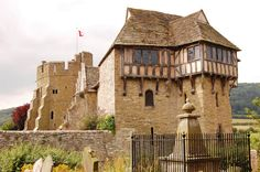Stokesay Castle--one of the sites I remember most clearly from earlier trips to England.  http://2.bp.blogspot.com/-AuQpYT11tzw/ThydDxxPkaI/AAAAAAAAAgg/8qvnGgrLRFM/s1600/Stokesay%20Castle%20from%20Graveyard.jpg