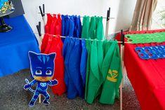Superhero Capes from a PJ Masks Birthday Party on Kara's Party Ideas Birthday Party Games For Kids, Party Themes For Boys, Superhero Birthday Party, 4th Birthday Parties, Superhero Capes, 3rd Birthday, Birthday Ideas, Pj Mask Party Decorations, Festa Pj Masks