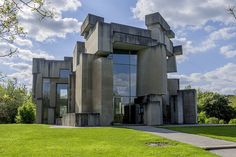 This cubist Vienna church building looks like some sort of alien stonehenge