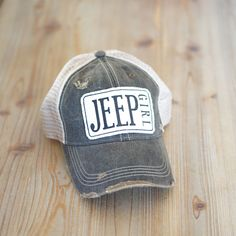 New Cars girl 2019 jeep girl. Jeep Wrangler Accessories, Jeep Accessories, Bmw I3, Toyota Prius, Jeep Drawing, Jeep Clothing, Jeep Baby, Old Jeep, Jeep Jeep