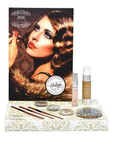 Maquillaje Profesional. Cosmetica de tratamiento. Colección Vintage Stage Line